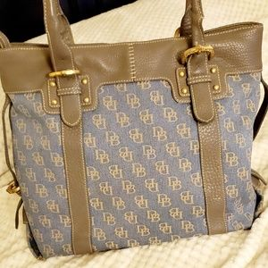 Large Dooney & Bourke bag